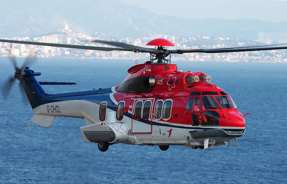 Resultado de imagem para helicopteros petroleo macaé